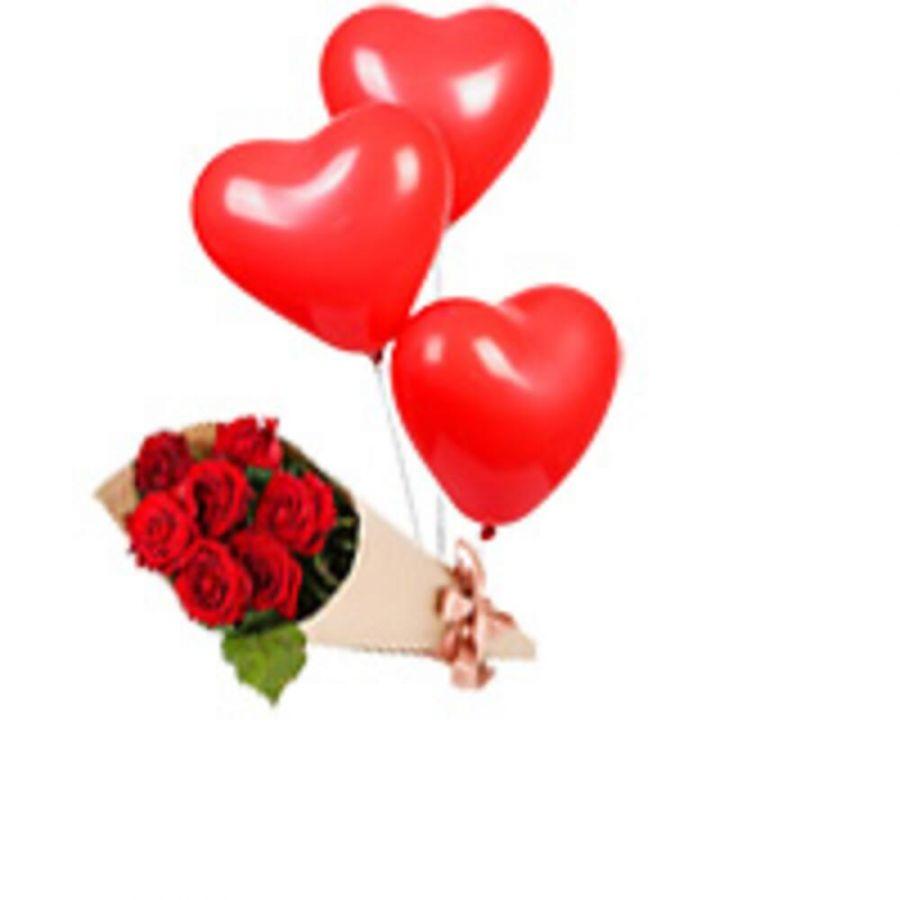 Букет из 7 роз и 3 красных шариков сердца