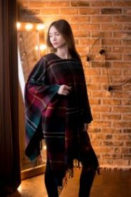 Теплая шаль  100 % стопроцентная шотландская овечья шерсть, тартан деревушки Тилинг TEALING TARTAN