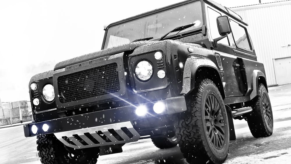 Передний бампер (Land Rover Defender)
