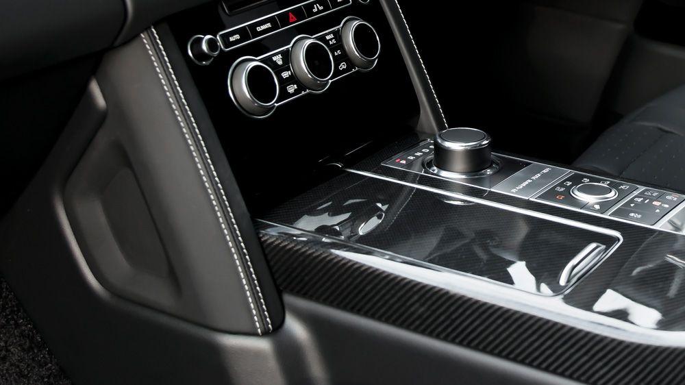 Обшивка центральной консоли (Range Rover Vogue 2013)