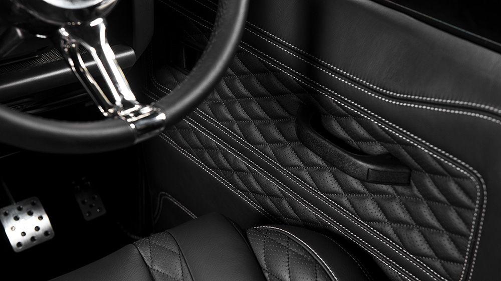 Обшивка панелей дверей (Land Rover Defender 110)