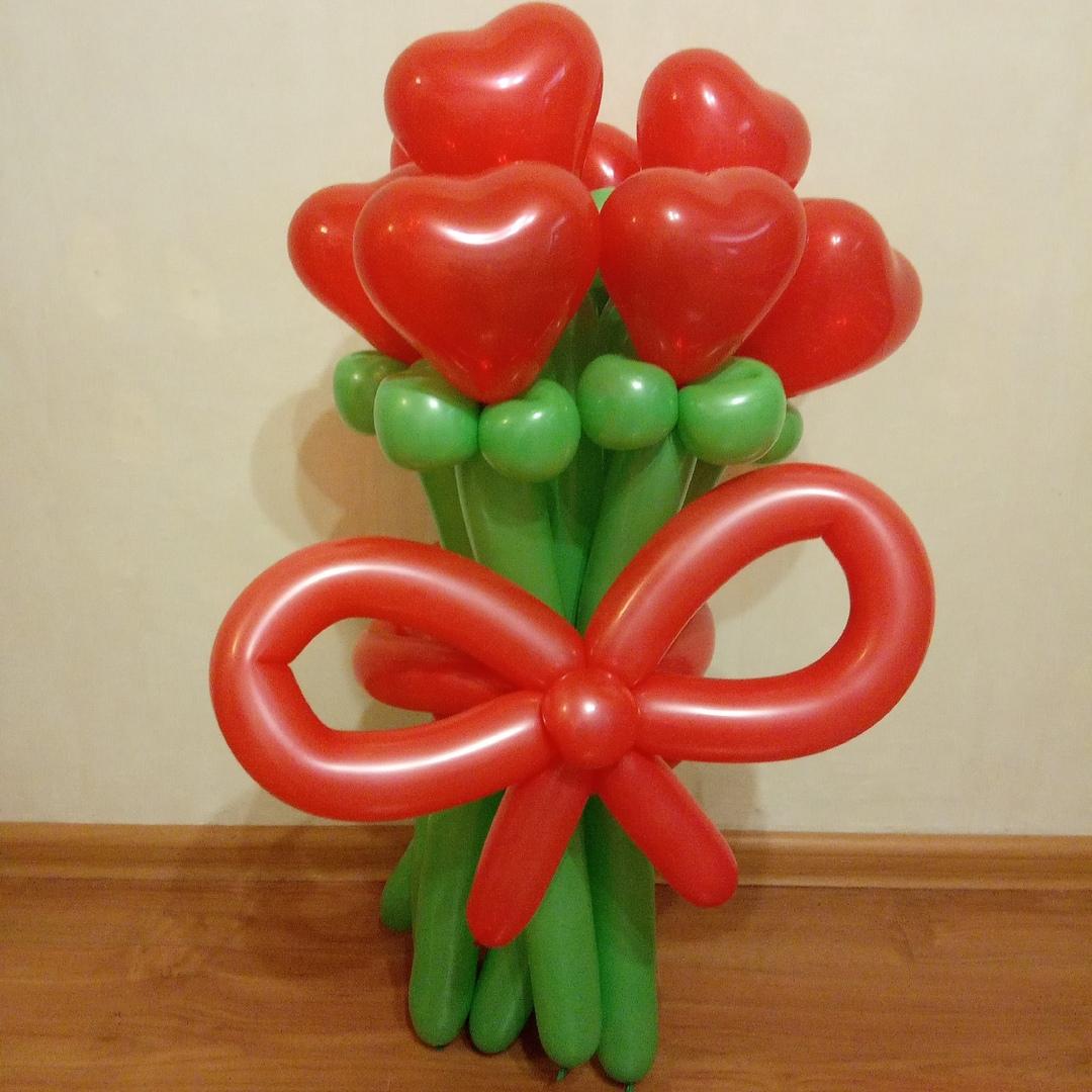 Букет из 9 тюльпанов-сердечек