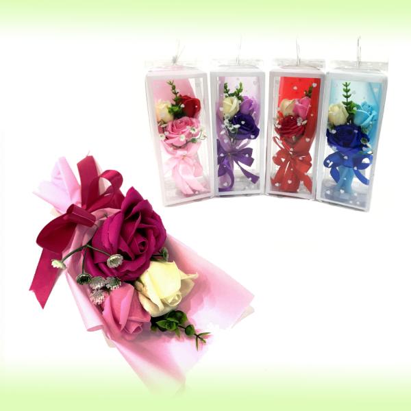 Подарочное парфюмированное мыло -  Букет из 3х роз в упаковке, 25 см