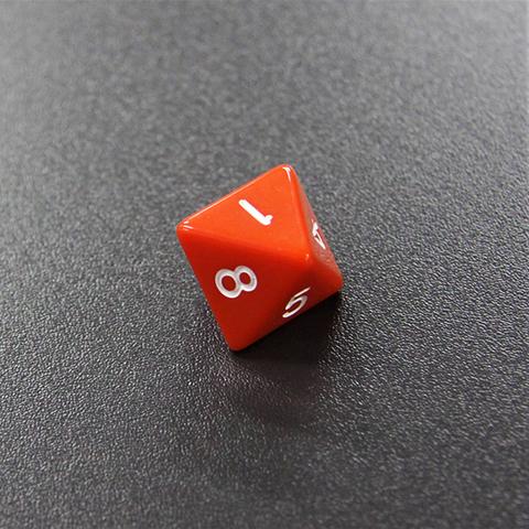 Кубик D8
