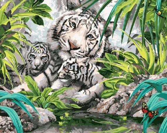 """""""Белые тигрята"""" живопись на холсте 40х50см"""
