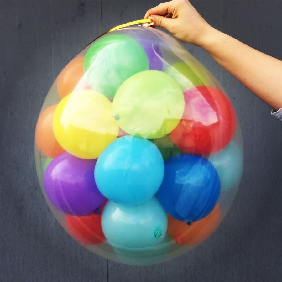 Шар - сюрприз с 30 шариками